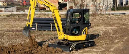 komatsu-pc35mr-3-mini-excavator-photo-2-1381762596